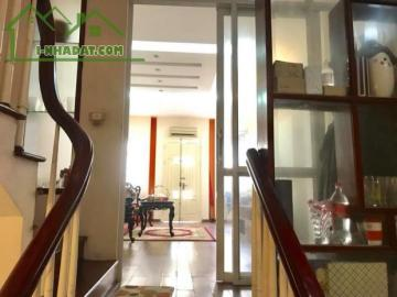 Chính chủ bán nhà 5 tầng ngõ 19 Liễu Giai, Ba Đình, 14 tỷ, 0888030101
